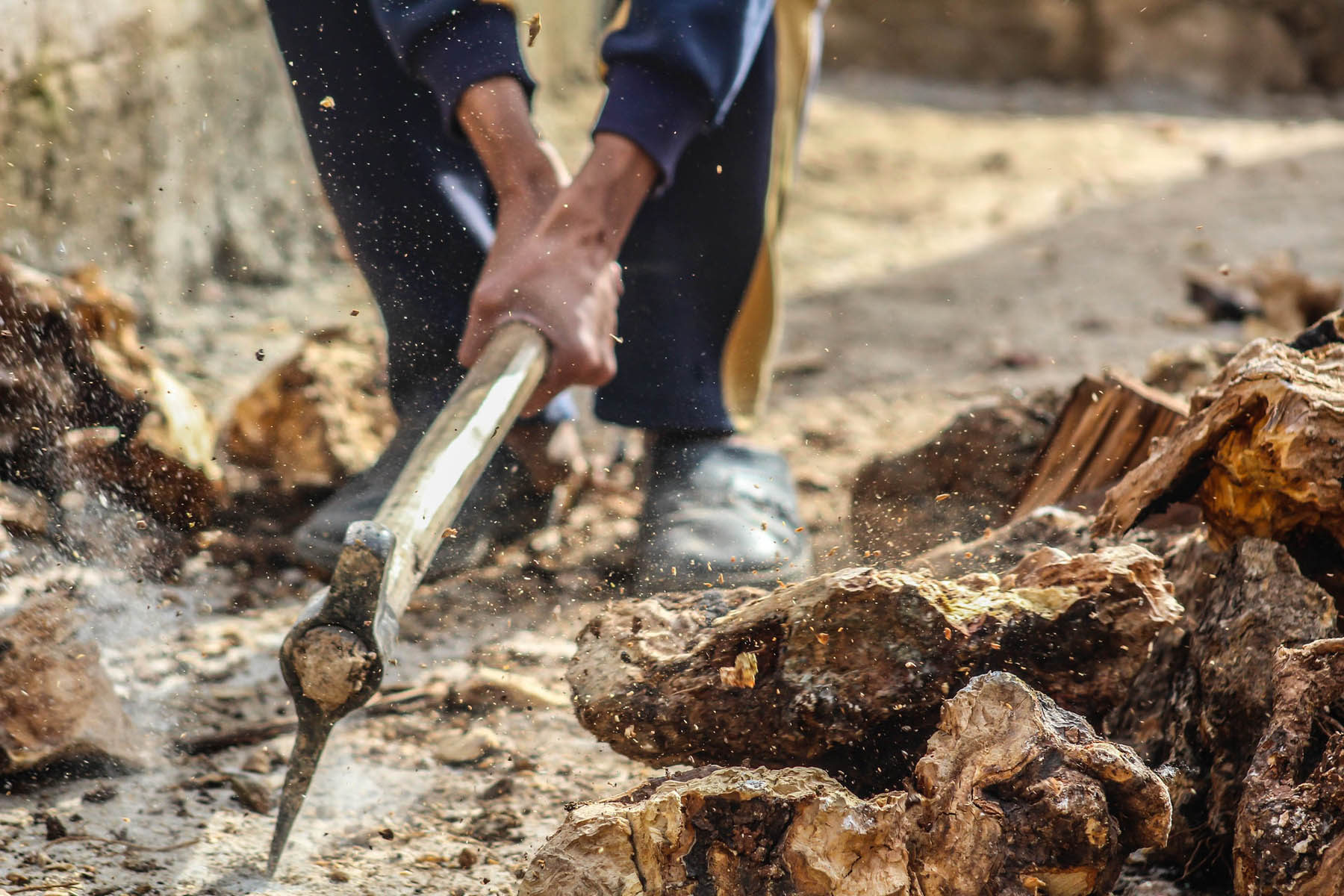 man-axe-lumber-work.jpg