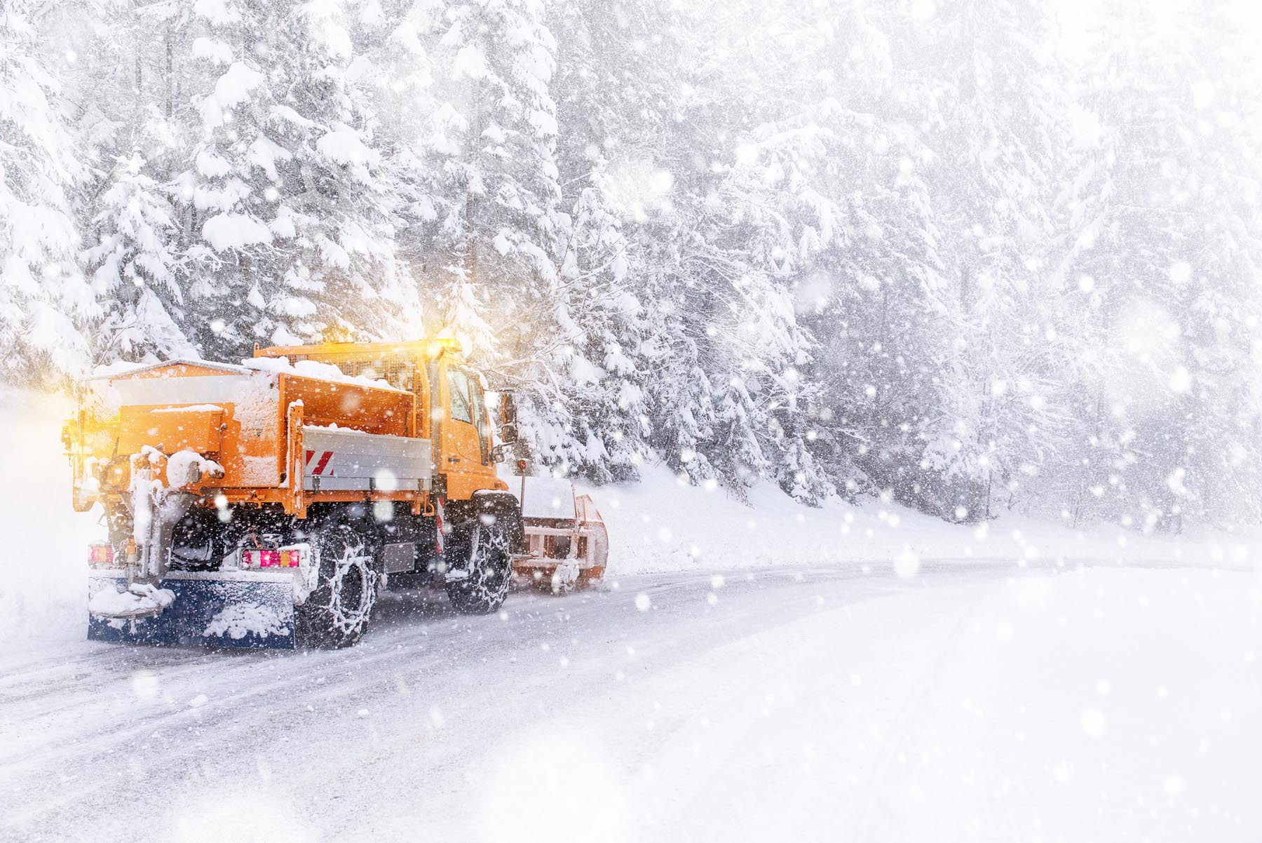 snow-truck-mountain.jpg