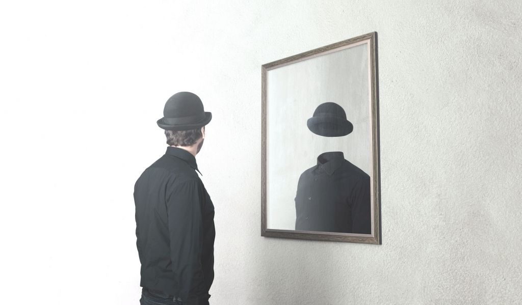 mirror-male-1024x599.jpg