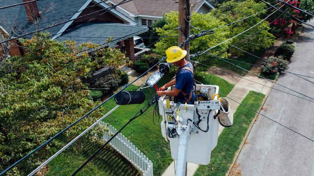 electrician-male-1024x575.jpg