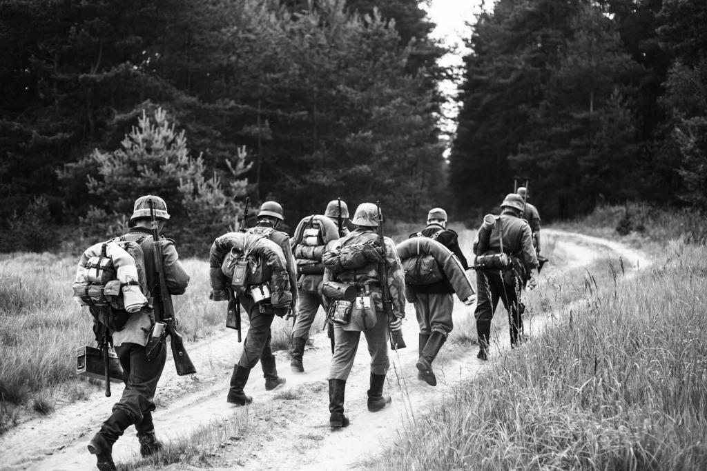 male-soldiers-world-war-1024x683.jpg