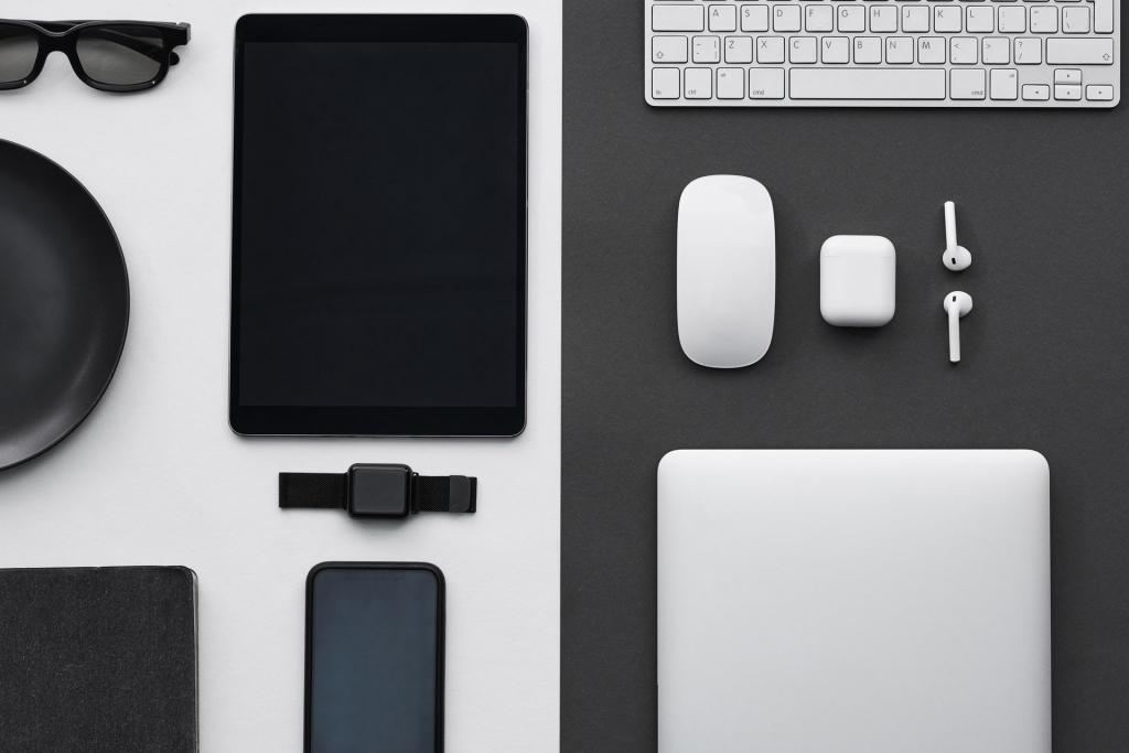 gadgets-gear-1024x683.jpg