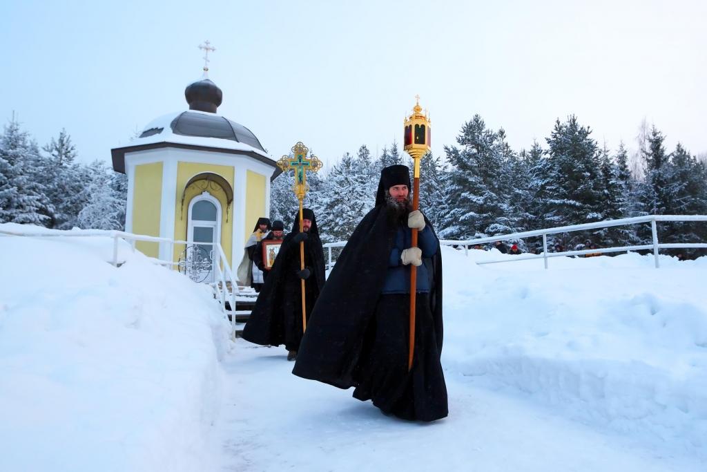 orthodox-procession-monks-male-1024x683.jpg