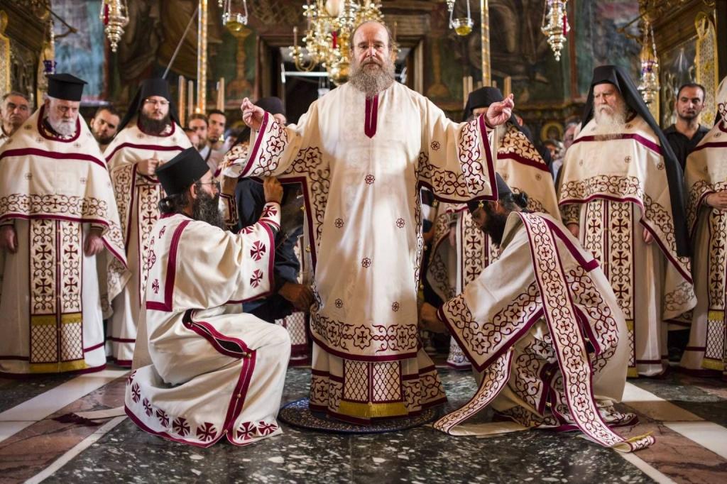 liturgical-vestments-1024x682.jpg
